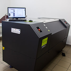 Machine for laser exposure of printing plates